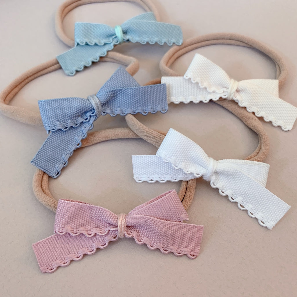 Scalloped Bows - Ever Iris Designs