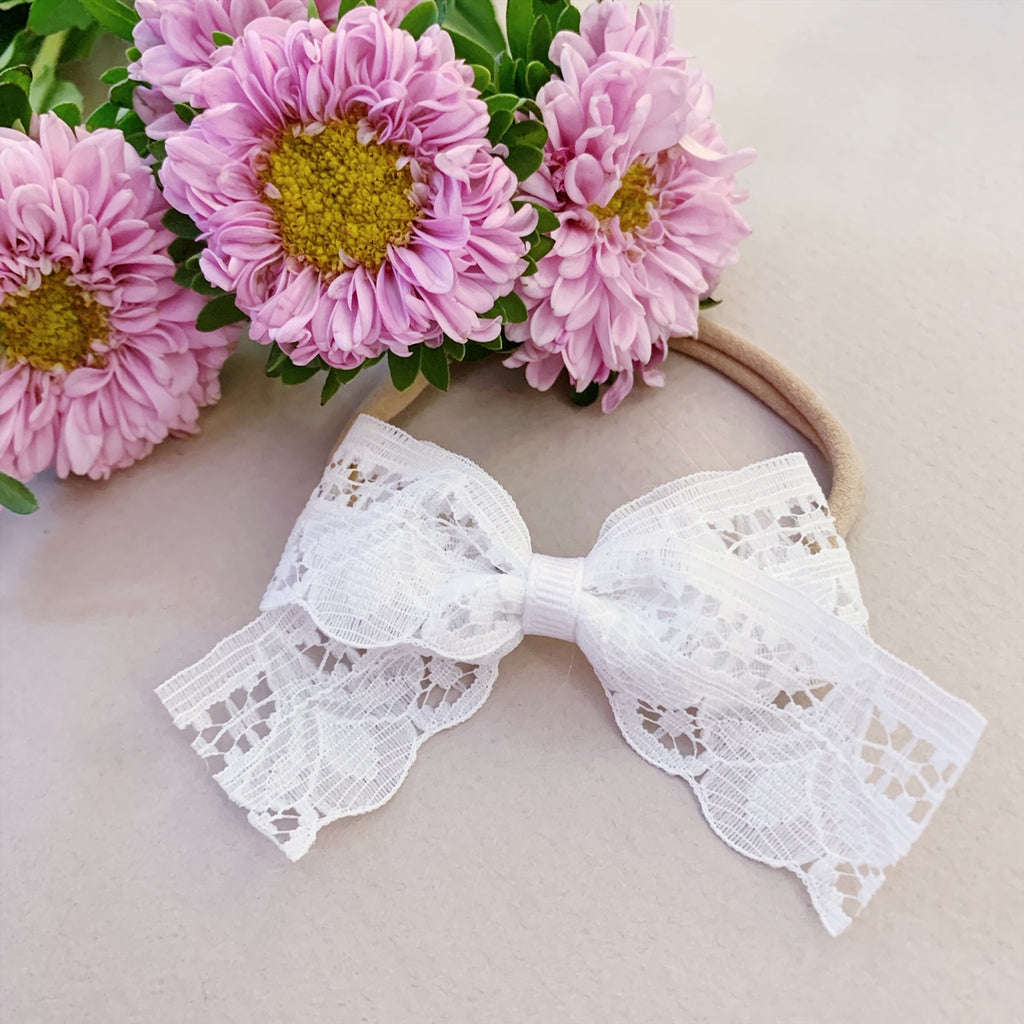 Scalloped White Lace - Ever Iris Designs