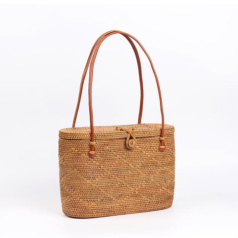 Straw bag obession