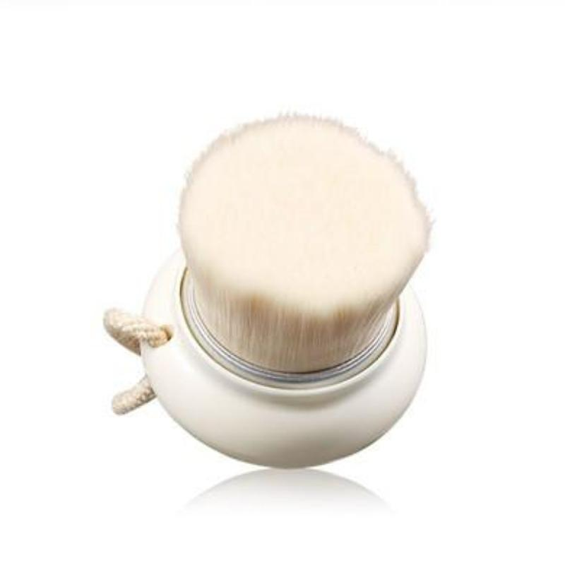 INNISFREE ECO BEAUTY TOOL PORE CLEANSING BRUSH - IMPAVID GIRL