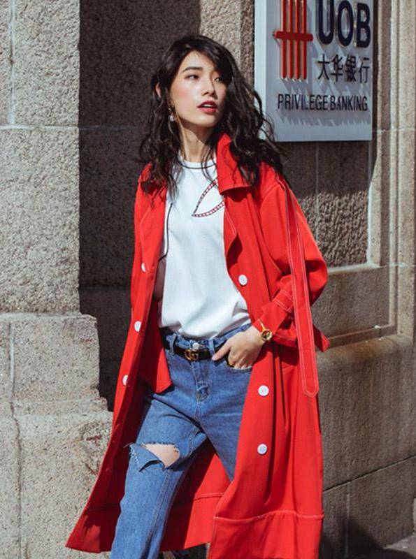 LONG BRIGHT RED TRENCH COAT SIZE: S - M AUTUMN 2017 - impaviid