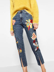 BLUE CROPPED EMBROIDERED JEANS SIZE: S - XL - IMPAVIID