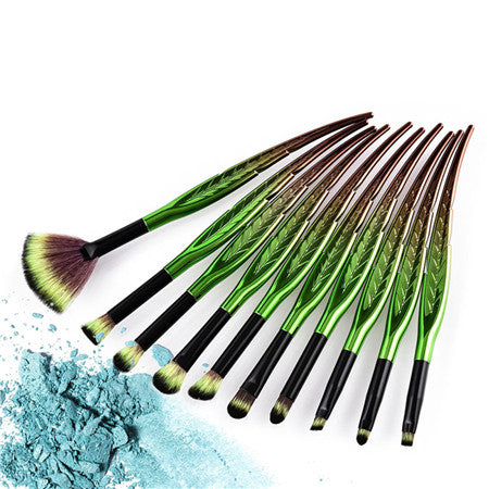 ELVEN / FANTASY MAKEUP BRUSHES 2 COLORS CRUELTY-FREE - impaviid