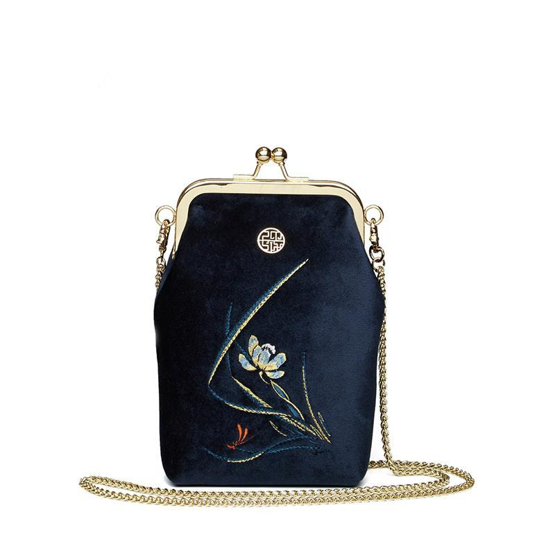 EMBROIDERED VELVET SMALL VINTAGE BAG - impaviid