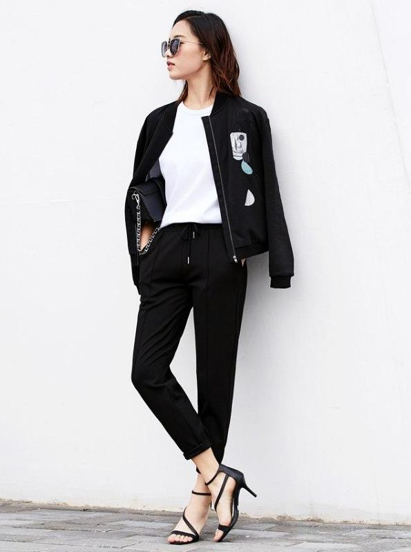 ZIPPED LIGHT BOMBER JACKET