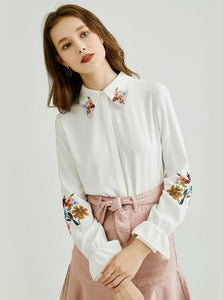 2 COLORS CHIFFON FLORAL EMBROIDERY BLOUSE - IMPAVIID