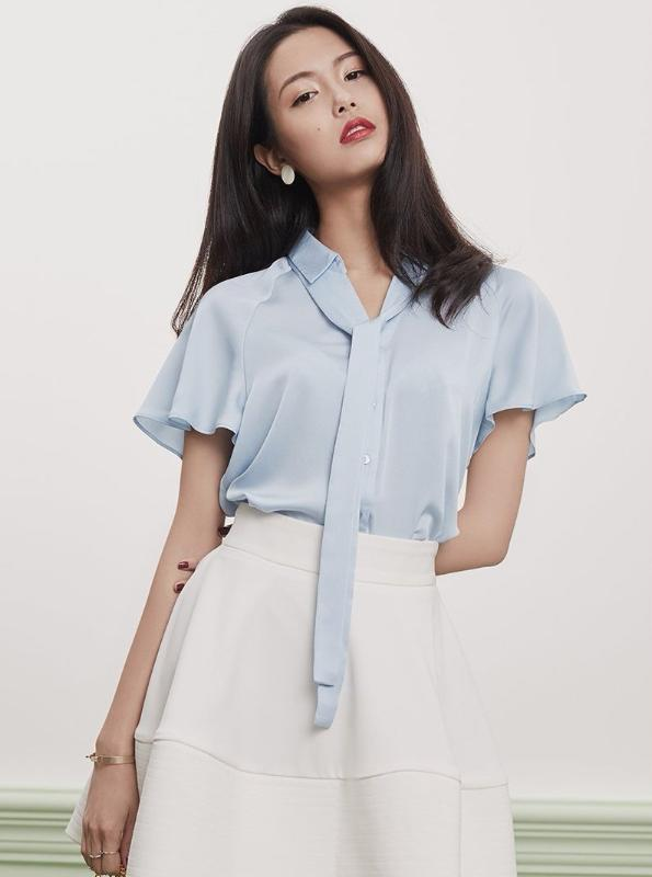 CHIFFON SHORT SLEEVE BLOUSE WITH A BOW - IMPAVIID