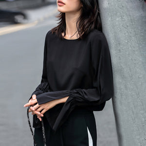 MINIMALISM FLARE SLEEVE AND SPLITS CHIFFON BLOUSE 2 COLORS - impaviid