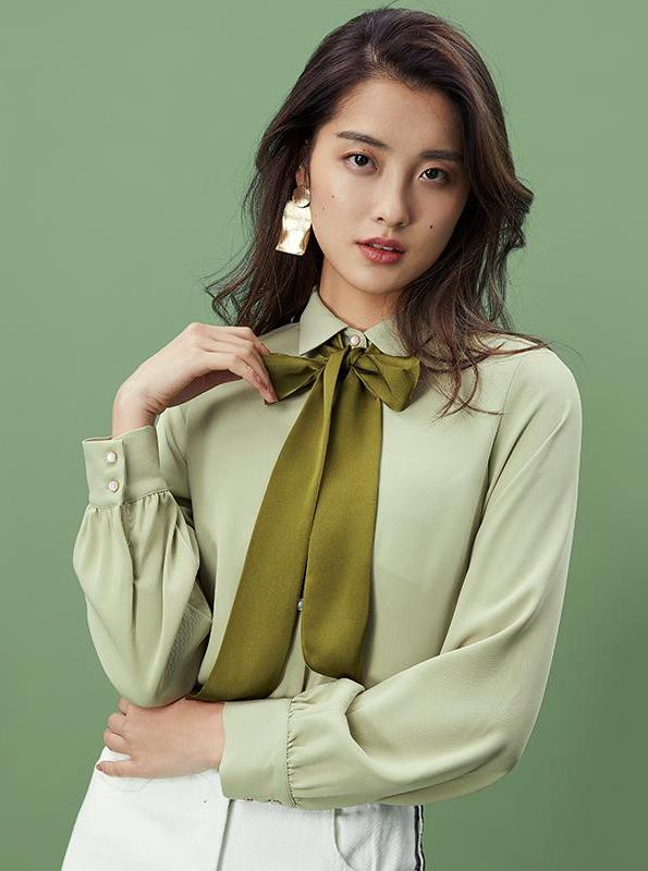 GREEN CHIFFON BLOUSE WITH SCARF - impaviid