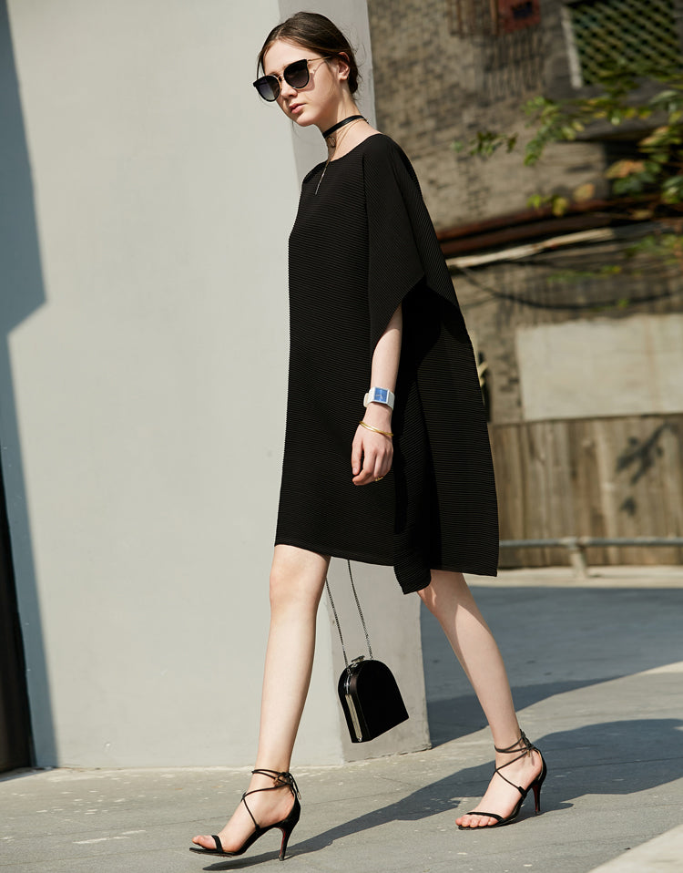 MINIMALISM ASYMMETRICAL BATWING DRESS - impaviid