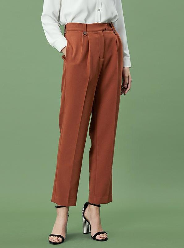 ORANGE PLEATED WIDE LEG PANTS - impaviid