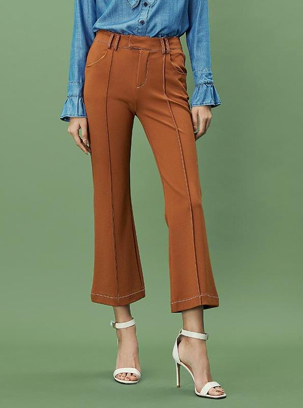 CROPPED FLARE EXPOSED STITCHING PANTS - impaviid