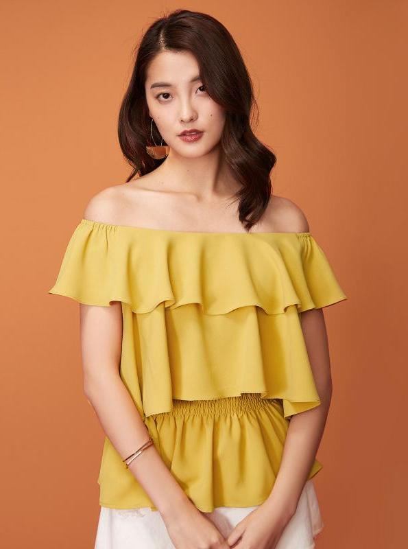 YELLOW RUFFLED OFF SHOULDER SLEEVES - impaviid