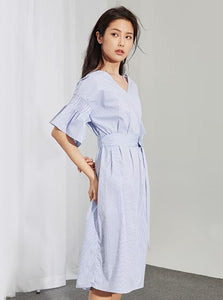 FLARE SLEEVE STRIPED DRESS BELTED - tidak kaku