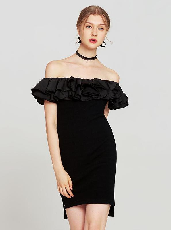 OFF SHOULDER 80'S STYLE LITTLE BLACK DRESS