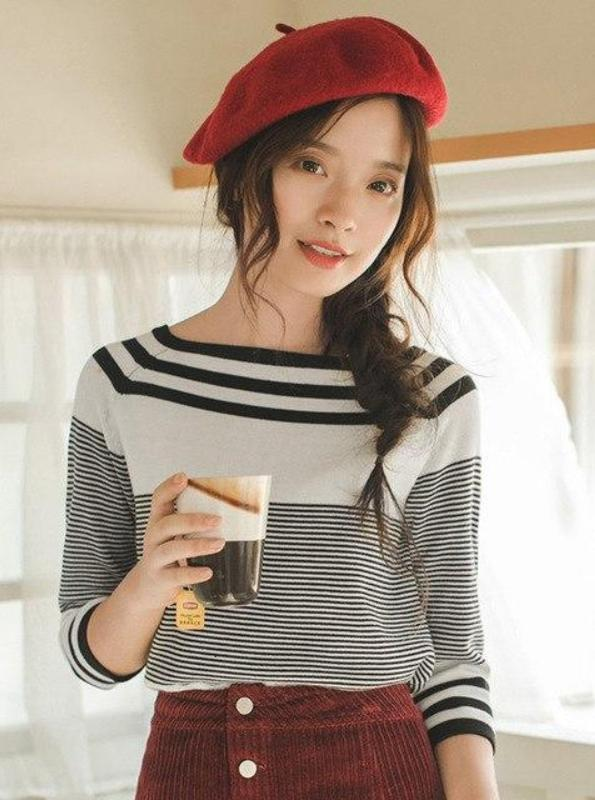 90'S INSPIRED OFF SHOULDER STRIPED SWEATER - IMPAVIID