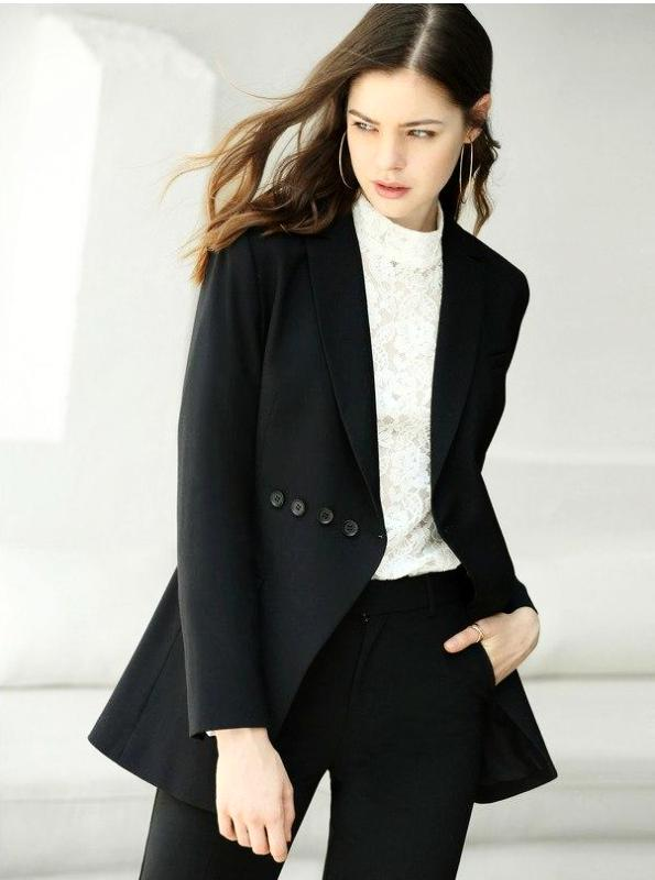 МИНИМАЛИЗМ CHIC BLACK BLAZER