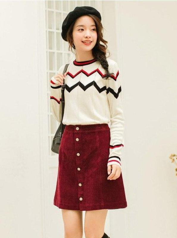 HOLLOWED OUT ZIG ZAG SWEATER