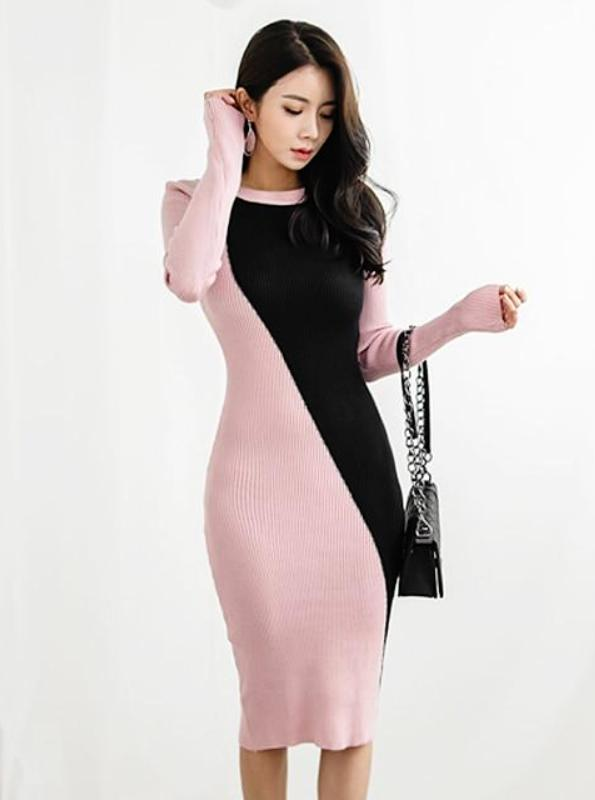 PINK COLORBLOCK KNITTED SWEATER DRESS