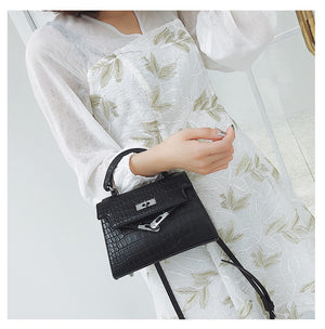 ANIMAL PATTERN WHITE SHOULDER BAG