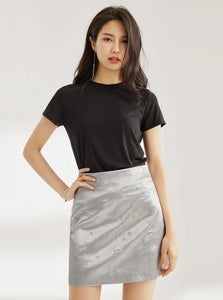 SILVER SATIN MINI SKIRT SA MGA CONSTELLATIONS EMBROIDERY
