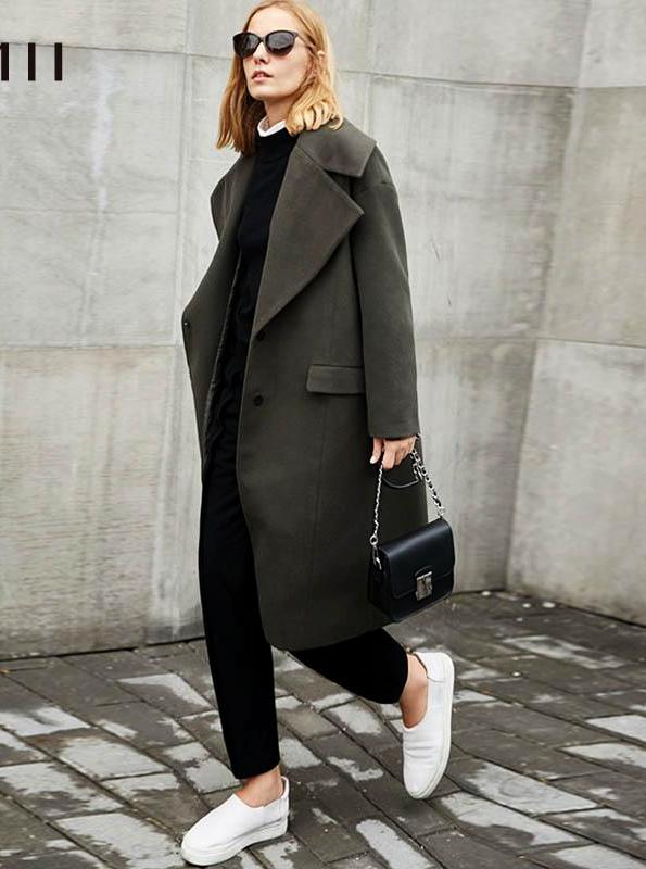 OVERSIZED BUTTONED UP WOOLEN COAT