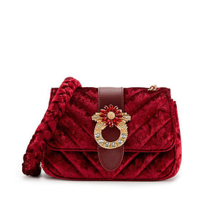 SMALL VELVET CLUTCH WITH BUCKLE AND CHAIN