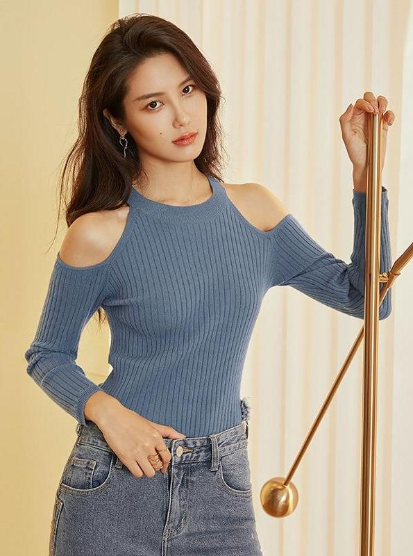 COLD SHOULDER SLIM KUDUMISED SWEATER - IMPAVIID
