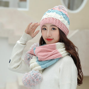KUDUMISEKS RAINBOW COLORED HAT & SCARF SET