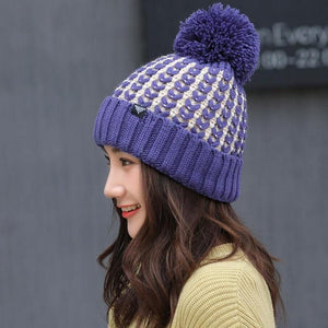 KUDUMISED POM POM WINTER BEANIE