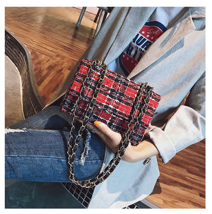 TWEED FLAP CLUTCH