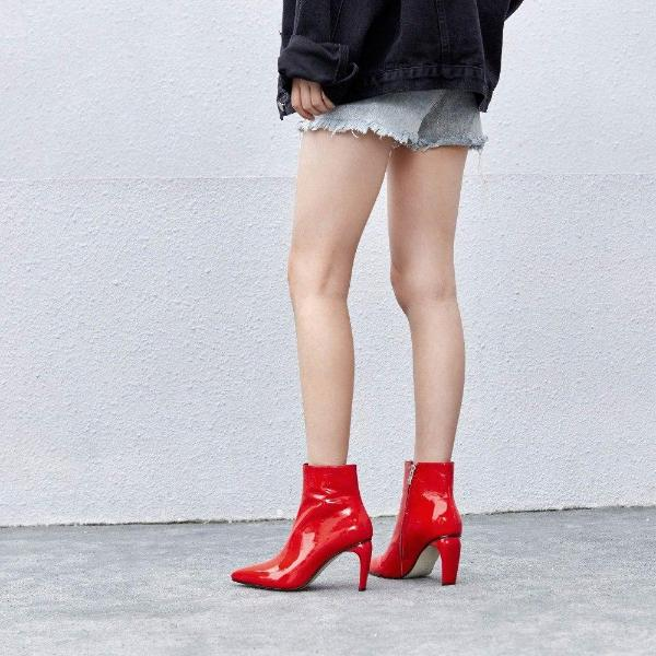 SHINY LOW ANKLE BOOTS