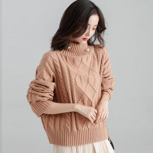 OVERSIZED KNITTED CHUNKY TURTLENECK SWEATER