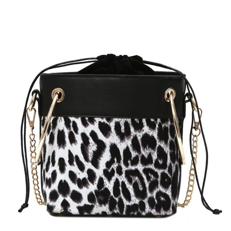 ANIMAL PRINT BUCKET BAG - IMPAVIID