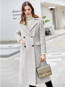 PLAID CHIC BUTTONED UP COAT