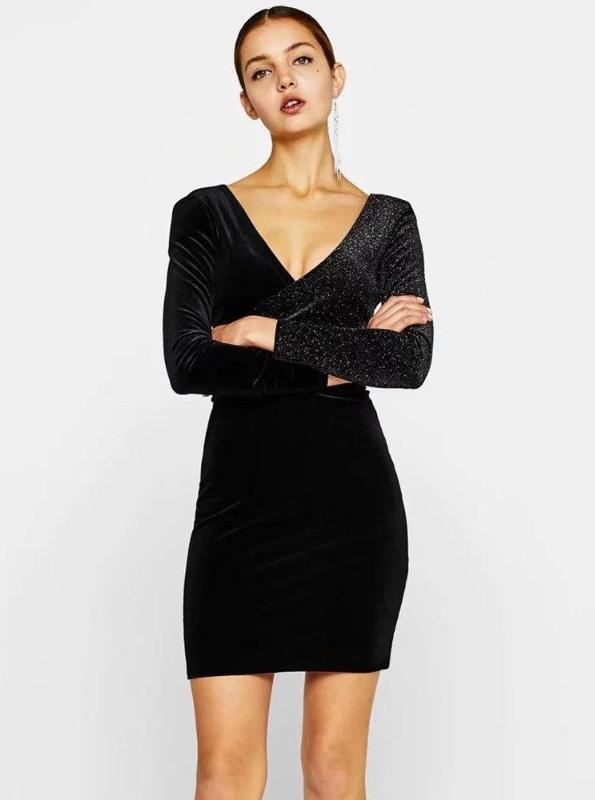 BLACK SEQUINED BODYCON VELVET DRESS - IMPAVIID