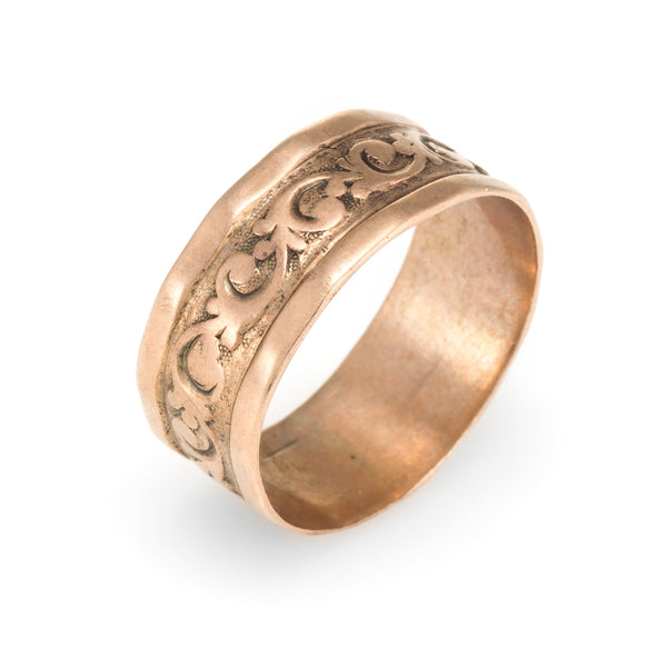 Victorian Embossed Wedding Band