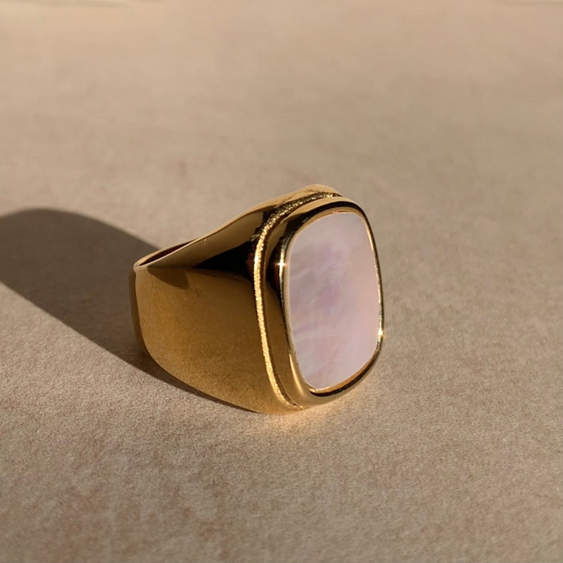 Sienna White Shell Ring