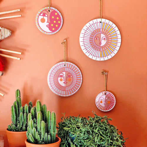 Jungalow® Ceramic Wall Hanging Set