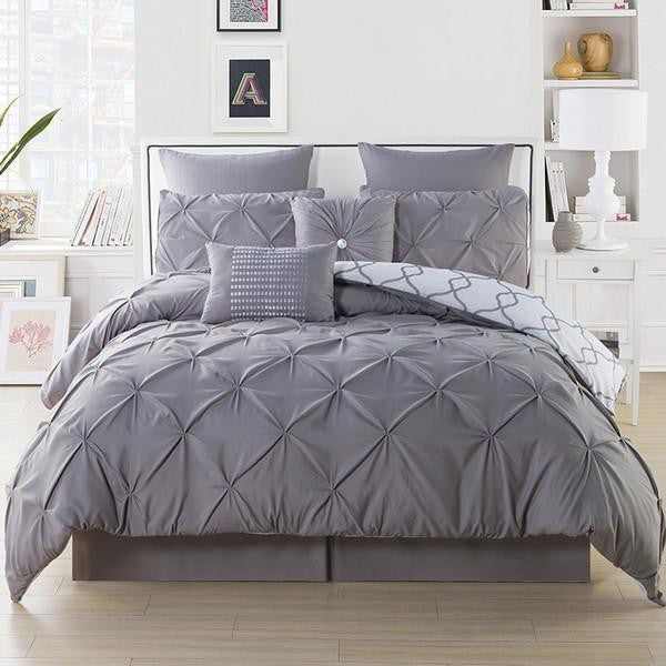 3-Piece Set: Reversible Picktuck Duvet Set - Flash Steals