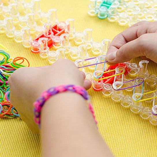 3500-Piece Set: Colorful Loom Bands with Loom Board, Stick & Connectors - Flash Steals