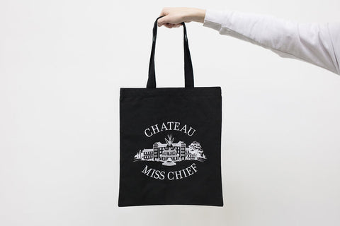 Château Miss Chief Tote