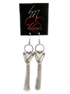 Montésenépingles : Earrings with Metallic chains