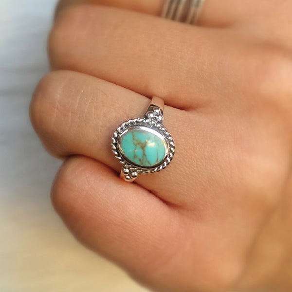 Sterling silver boho turquoise ring with a twisted rope outline-free shipping