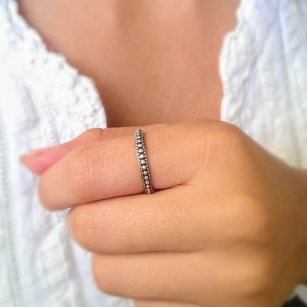 DAINTY SILVER BOHO BEADED RING IN OXIDIZED FINISH. FREE SHIPPING IN THE US.