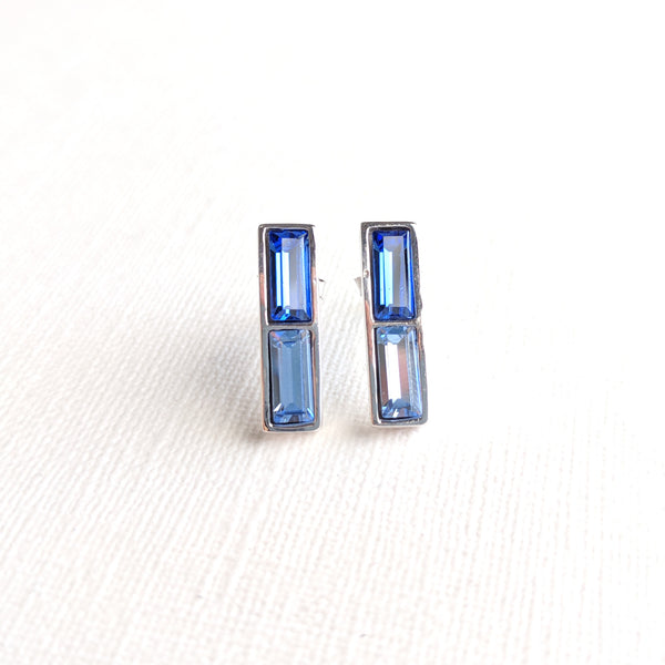 925 sterling silver blue Swarovski crystal earrings (certified)