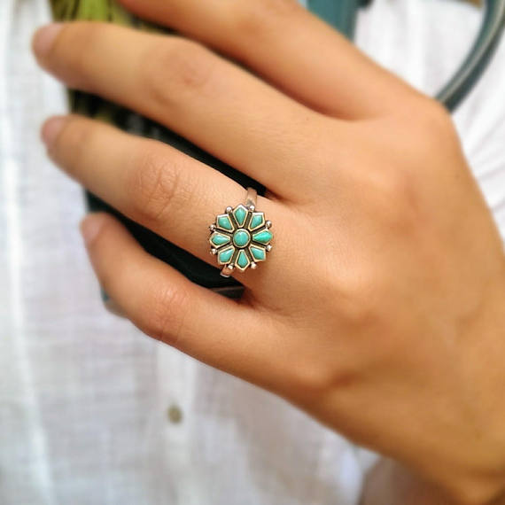 Moon & Milk - 925 Sterling silver Navajo inspired flower turquoise ring
