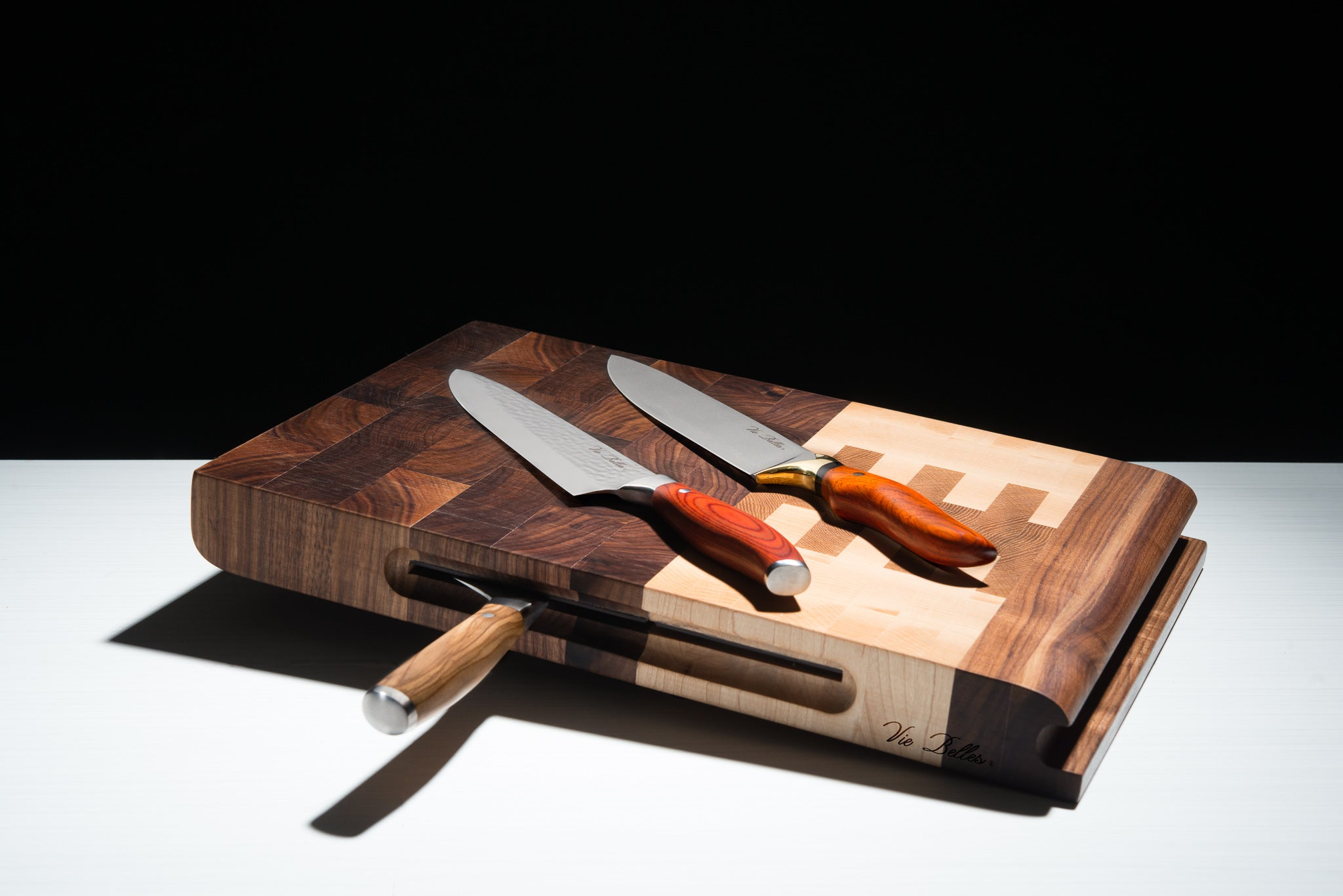 Vie Belles Everyday Cutting Board