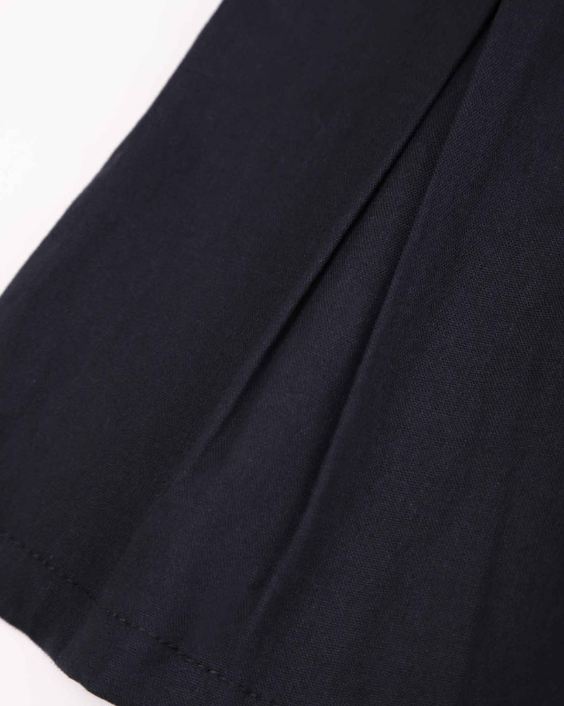Pleated Short Block Colour in Black Detail