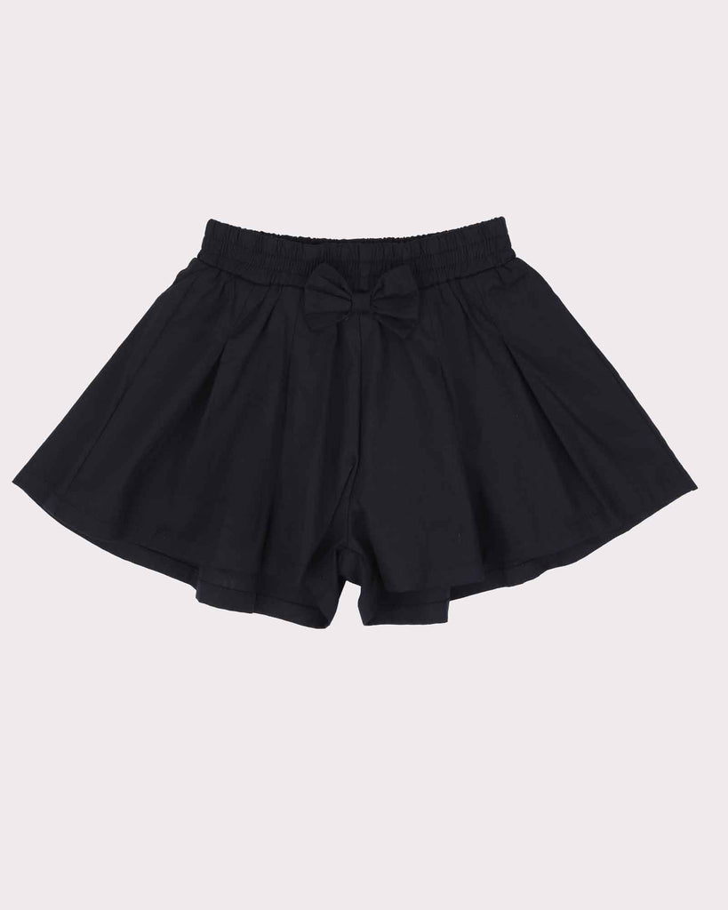 Pleated Short Block Colour in Black Front